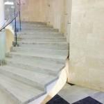 Лестница. Гранит Империал Вайт . Московский театральный центр Вишневый сад (2)